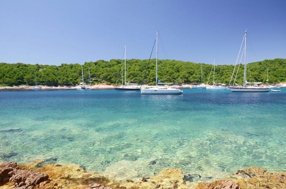 yachts anchored in Paklinski Island